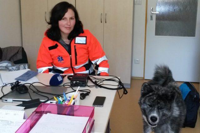 Jako psycholožka pracuje u Zdravotnické záchranné služby Zuzana Fajtlová. V budoucnu by ráda při pomoci druhým využívala i svou fenku Ischi