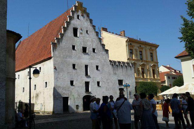 Solnice na Piaristickém náměstí v Českých Budějovicích