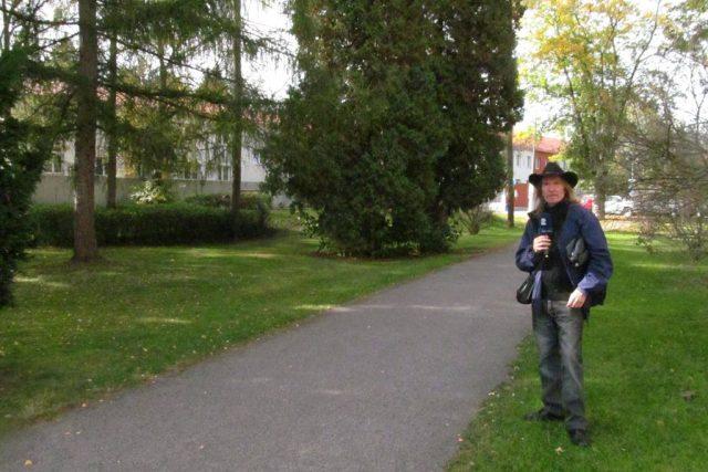 Park na Plavské třídě v Českých Budějovicích, přesně v těchto místech býval vojenský hřbitov. Pohřbívalo se tu do roku 1950