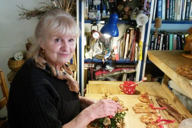 Koníci, ptáčci, miminka nebo ráčci vznikají pod rukama Ivany Staré. Pečení tradičního obřadního pečiva se věnuje přes dvacet let