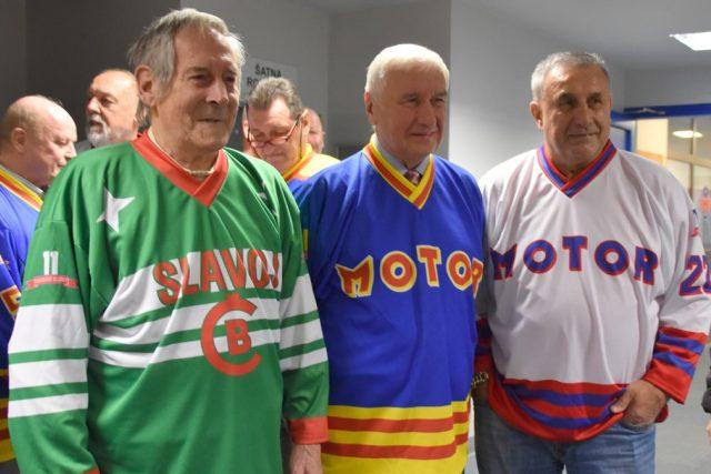 Josef Pártl, Karel Pražák a Jaroslav Pouzar, bývalí hokejisté Českých Budějovic při oslavě 90. výročí klubu