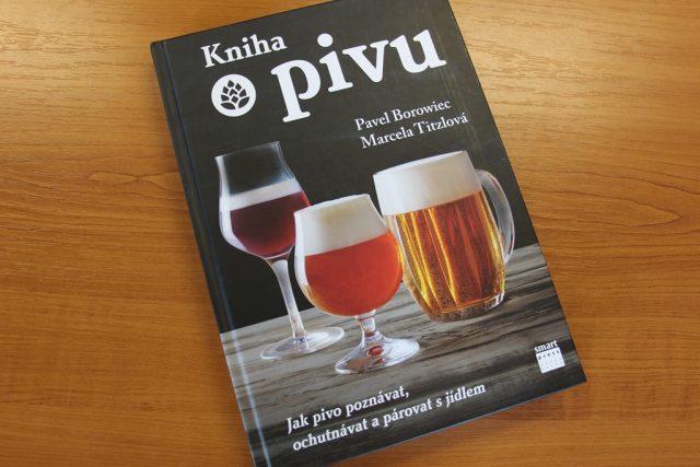 Kniha o pivu, kterou vydalo nakladatelství Smart Press