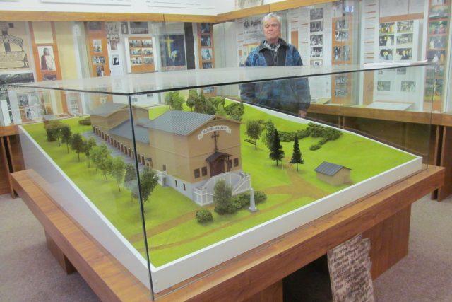 Muzeum pašijových her v Hořicích na Šumavě. Model velkého dřevěného divadla, kde se pašije hrály