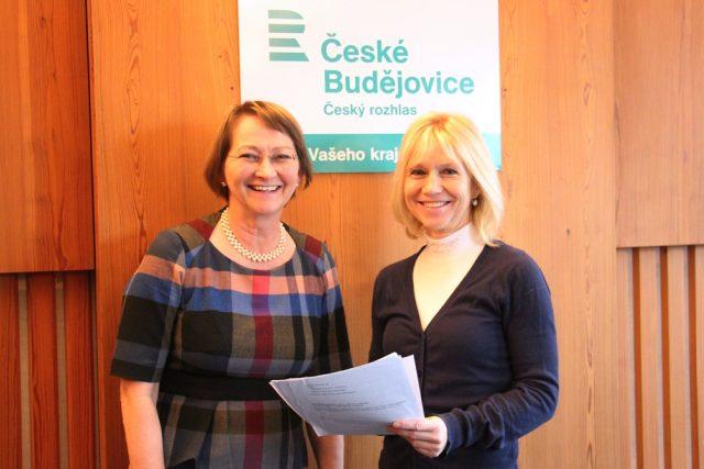 Odbornice na etiketu Alena Špačková a moderátorka Ivana Šimánková připravují pořad Návod na etiketu
