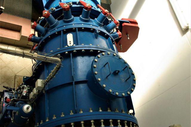 Kaplanova turbína v elektrárně pod hrází Rozkoše