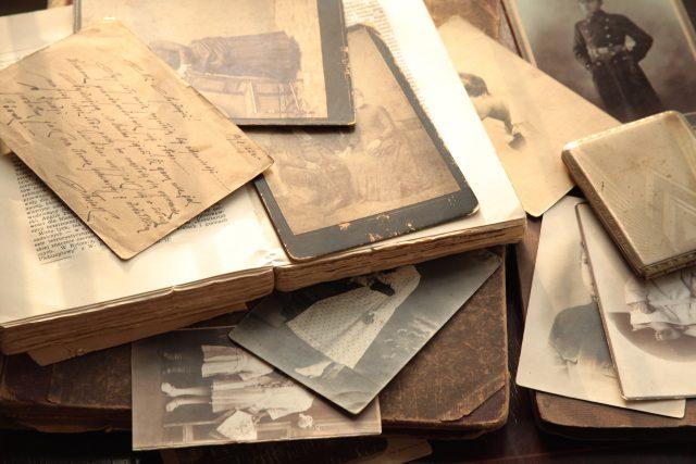 Staré fotky a dopisy