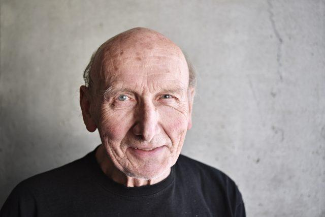 Hudební kritik Jiří Černý mluvil v Interview Plus o odkazu zpěváka Karla Gotta.
