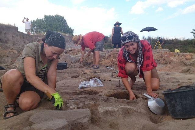 Jihočeští archeologové při výzkumu v Makedonii