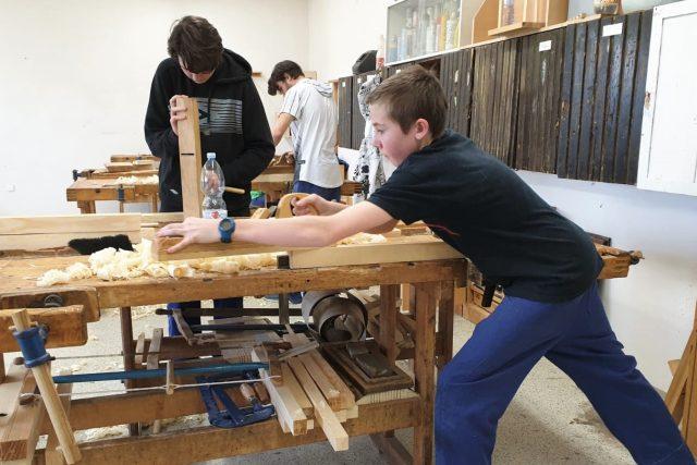 Učni oboru truhlář na Středním odborném učilišti v Lišově
