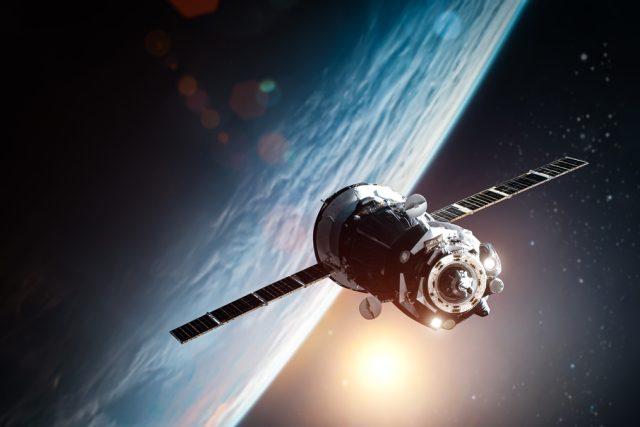 družice, satelit, vesmír, kosmická loď, planeta Země, oběžná dráha