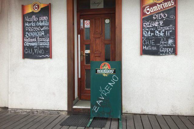 Zavřená restaurace na šumavské Kvildě