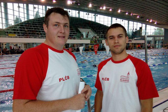 Předseda klubu Plavání České Budějovice Filip Pytel (vlevo) a místopředseda Tomáš Vymyslický