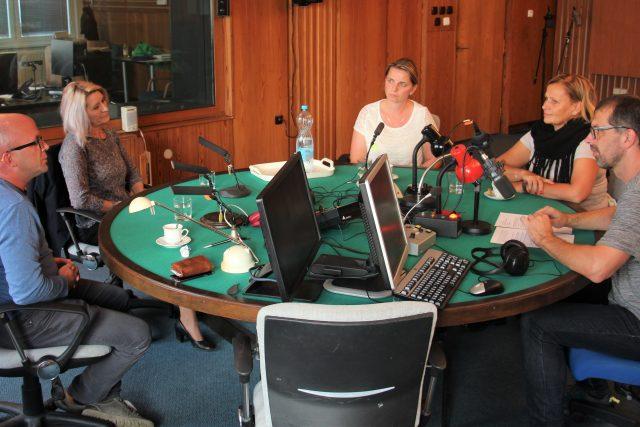 Český rozhlas České Budějovice uspořádal debatu o současném školství