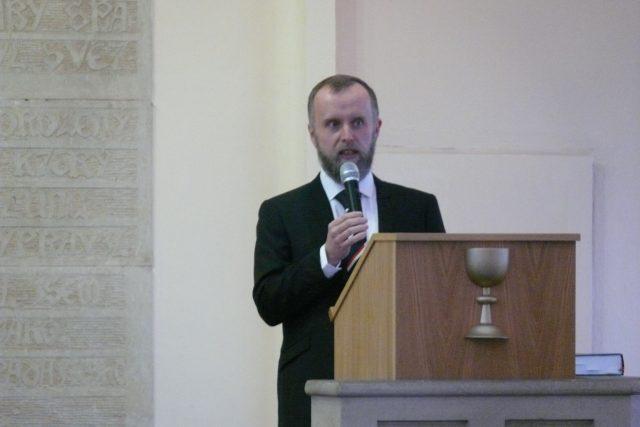 Filip Štojdl byl znovu zvolen biskupem plzeňské diecéze Československé církve husitské
