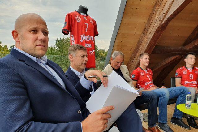 Jihostroj České Budějovice řeší, jak bude vypadat další sezóna. V popředí manažer klubu Robert Mifka