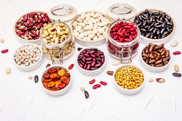 Na žebříčku dvaceti potravin s nejvyšším obsahem antioxidantů zaujímají fazole čtvrté místo. Jedlíci fazolí jsou obézní méně často než ti,  kteří fazole běžně nejedí | foto: Shutterstock