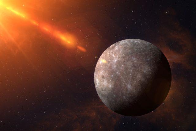 Planeta Merkur, vesmír