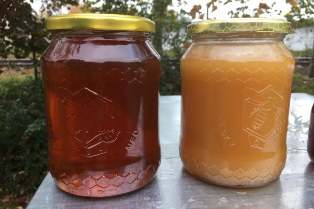Smíšený med z nektaru a medovice a lipový med nektarový
