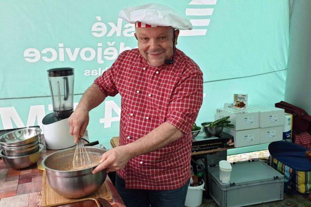 Kuchařský čaroděj Petr Stupka kouzlil na výstavě Hobby v Českých Budějovicích