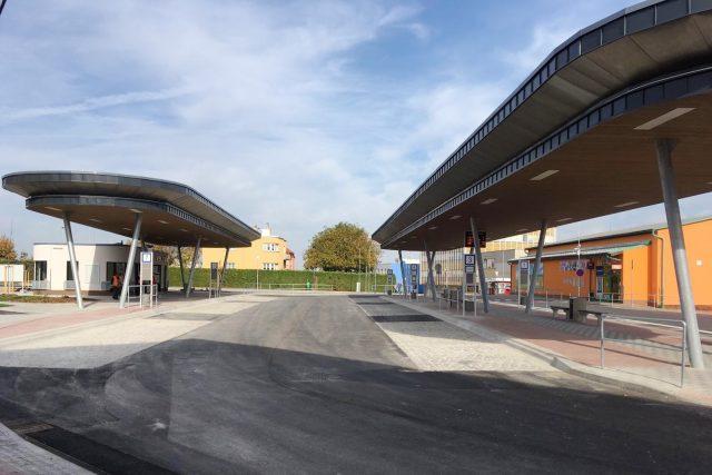 Zmodernizované autobusové nádraží ve Velešíně