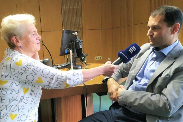 Autorka pořadu Dámská jízda Mirka Nezvalová a primář Psychiatrické nemocnice Písek Marian Koranda