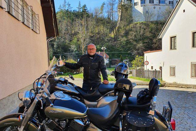 Primátor Českých Budějovic Jiří Svoboda stráví část dovolené v sedle motocyklu | foto: archiv Jiřího Svobody