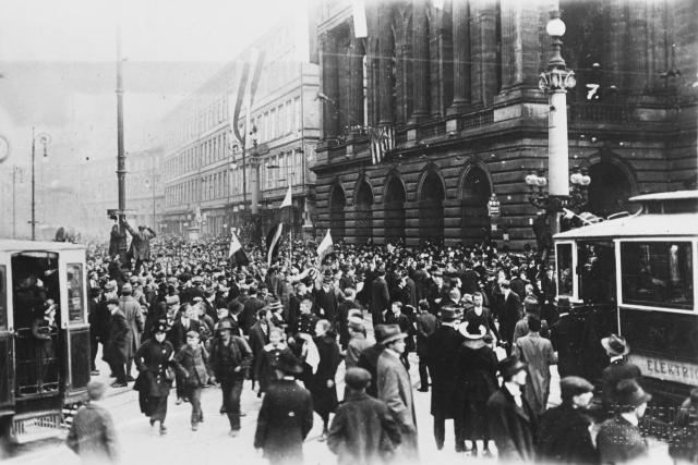 Vyhlášení Československé republiky v Praze 28. října 1918