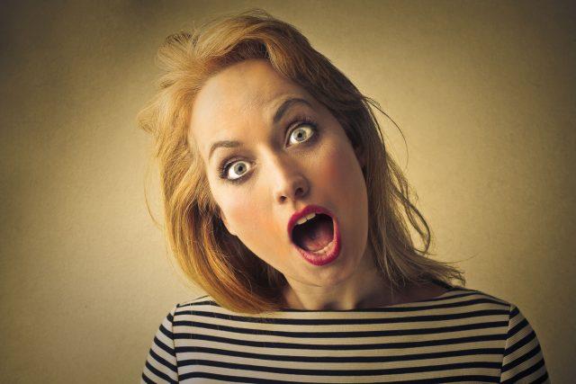 Žena, šok, ztuhnutí, zkamenění, překvapení