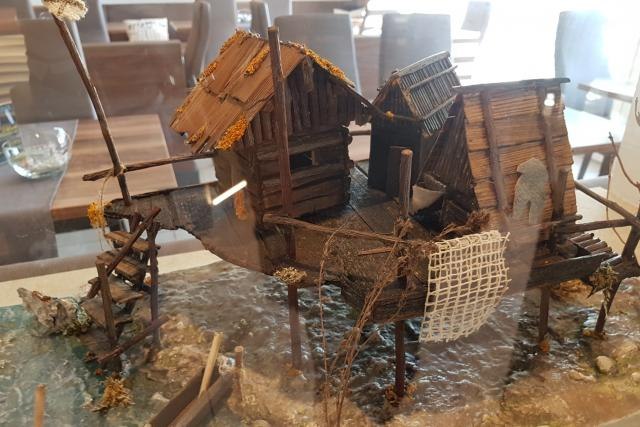 V expozici Muzea prehistorických sídlišť v Mondsee si můžete prohlédnout, jak pravěká kůlová obydlí vypadala