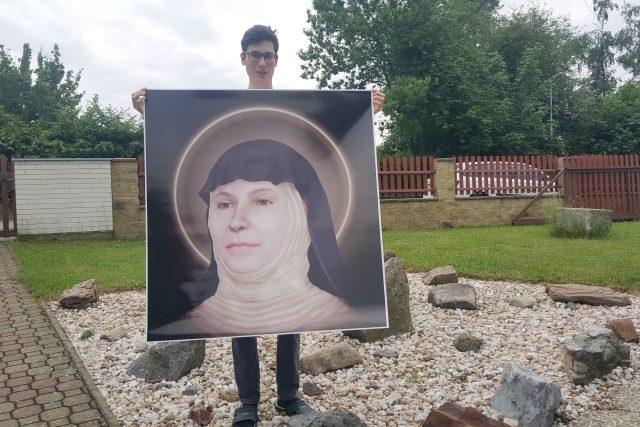Na projektu, díky kterému se po více než 700 letech můžou lidé podívat do tváře svaté Zdislavy, pracoval i žák deváté třídy z Chotovin Matěj Šindelář