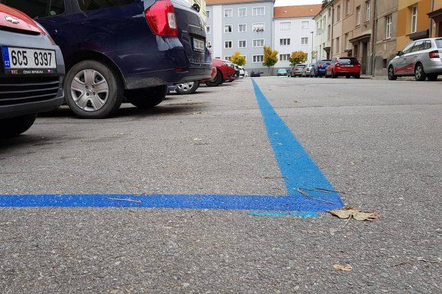 Modré parkovací zóny České Budějovice, Pražské předměstí, parkování, rezidenti, placené stání. Ilustrační foto