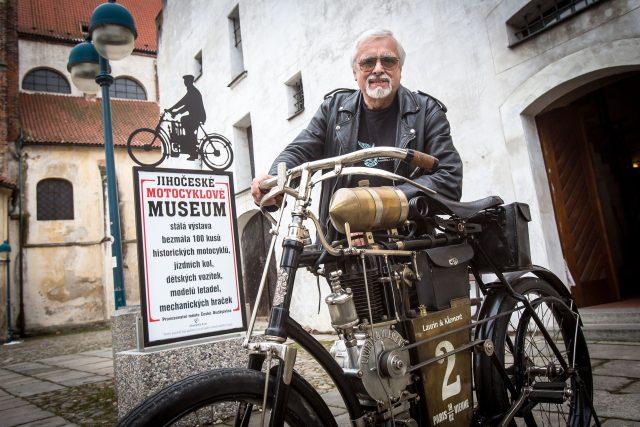 Petr Hošťálek, Jihočeské motocyklové museum České Budějovice, veterán motorka