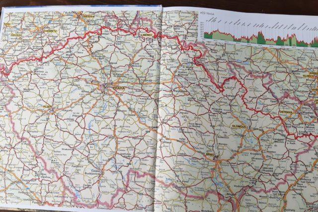 Severní stezka – Českem od západu k východu,  kterou napsal Jan Hocek   foto: Mirka Nezvalová,  Český rozhlas,  Český rozhlas