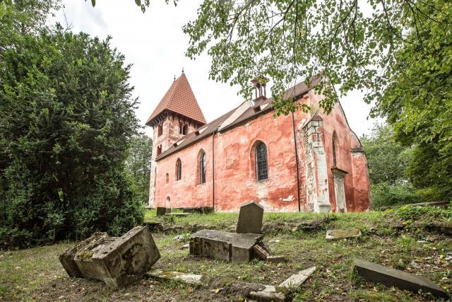 Kostel v Boleticích