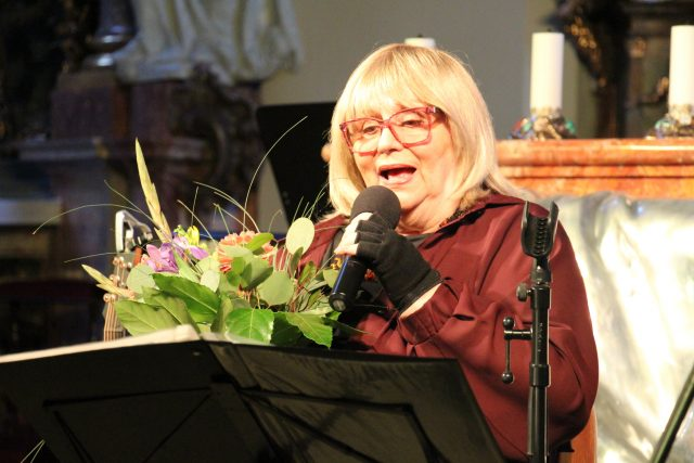 Narozeninový koncert zpěvačky Nadi Urbánkové