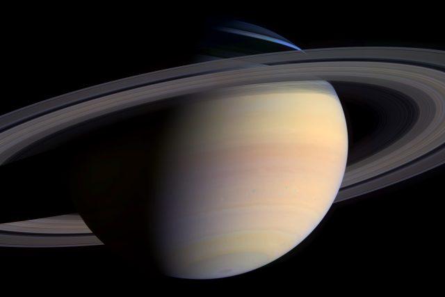 Saturn, jak ho zachytila sonda Cassini
