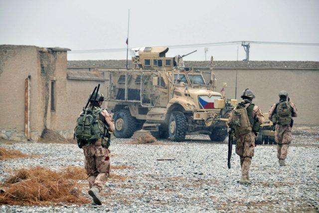 Čeští vojáci v zahraničí