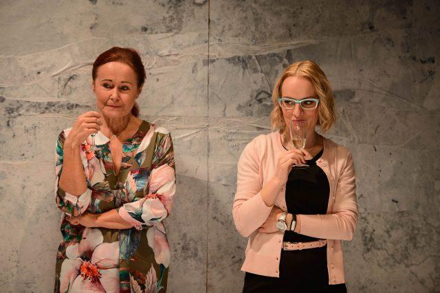 Jihočeské divadlo uvádí v české premiéře adaptaci psychologického románu Petry Soukupové Pod sněhem